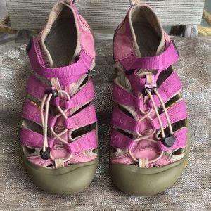 Keen woman's size 5 sandal